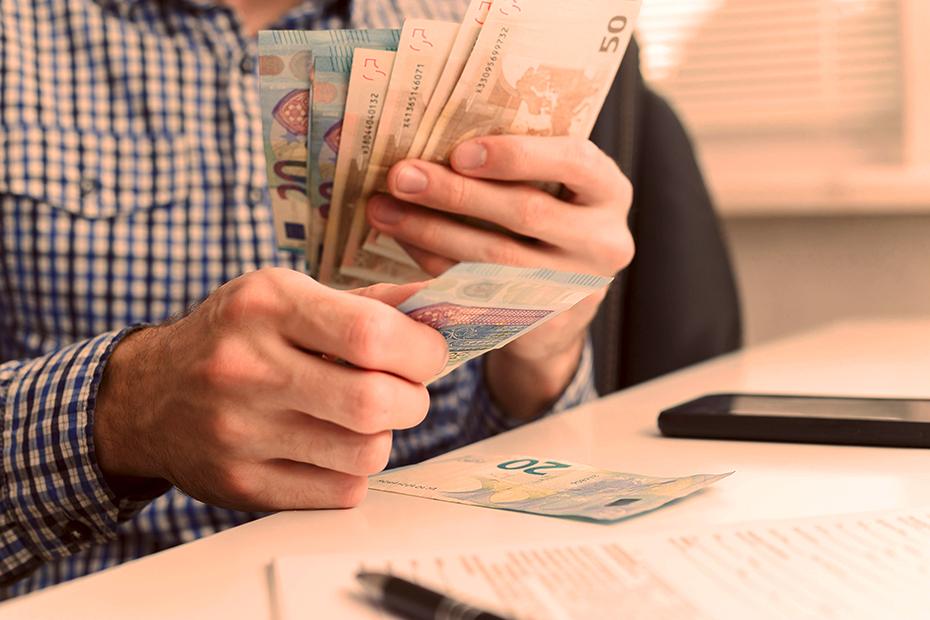 Saiba como ganhar dinheiro com licitação